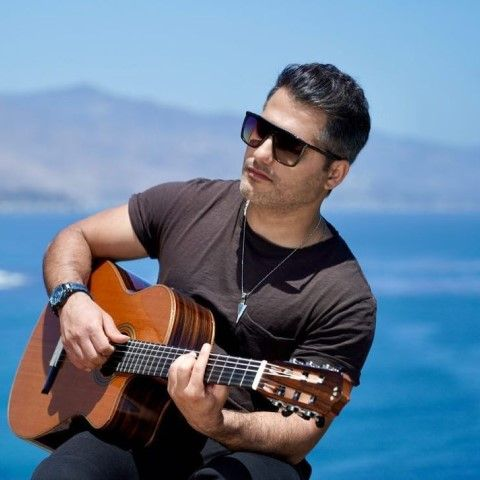 دانلود آهنگ عشق یعنی حال من باهات خوبه احمد سعیدی