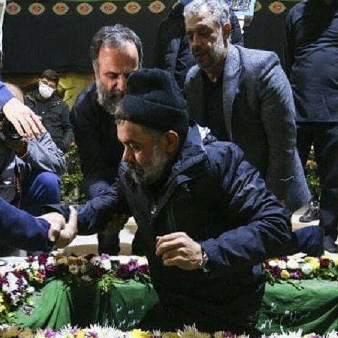 دانلود مداحی میزنم دم ز علمدار رشید حرم عشق محمود کریمی